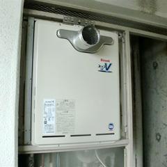 新規ガス給湯器本体の取り付け-②